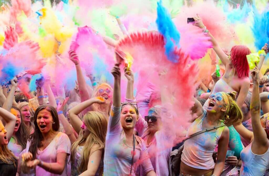 la-fiesta-holi-llega-ibiza-siente-color-la-india-ibizagocar