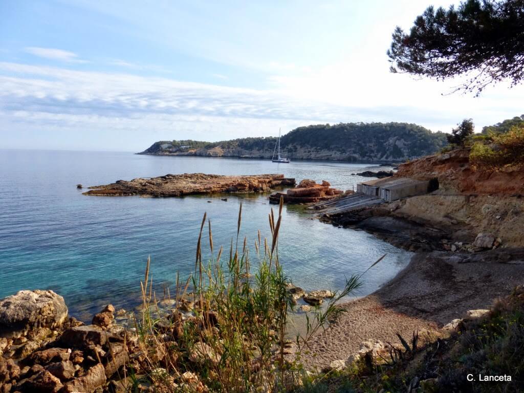 Descubriendo la isla de Ibiza: S'Illot des Rencli