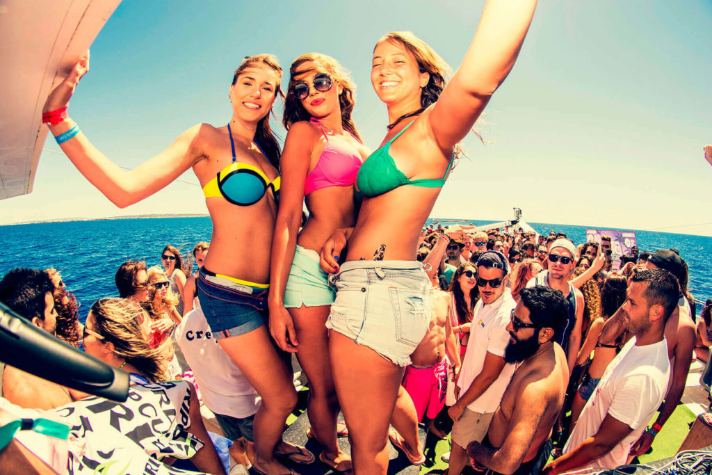 Ibiza: Where to get the best selfies on the island?