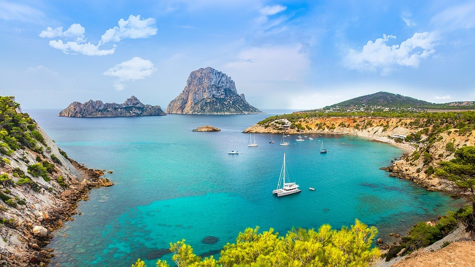 How to get to Ibiza?