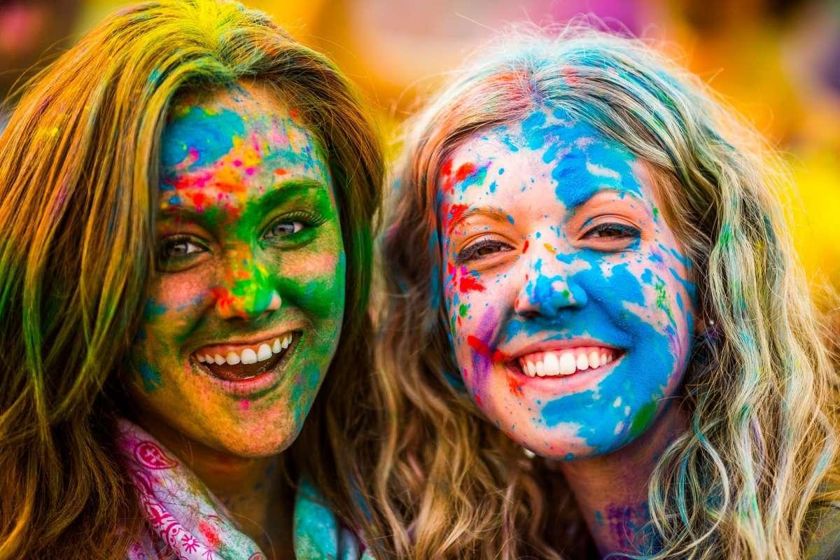 Il festival Holi arriva a Ibiza – Senti il colore dell'India