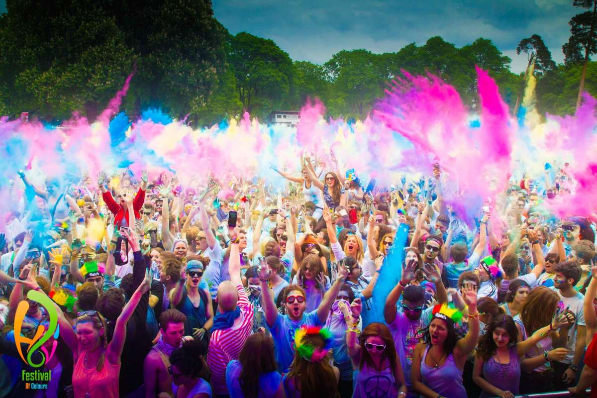 The Holi festival arrives in Ibiza – Feel the color of India