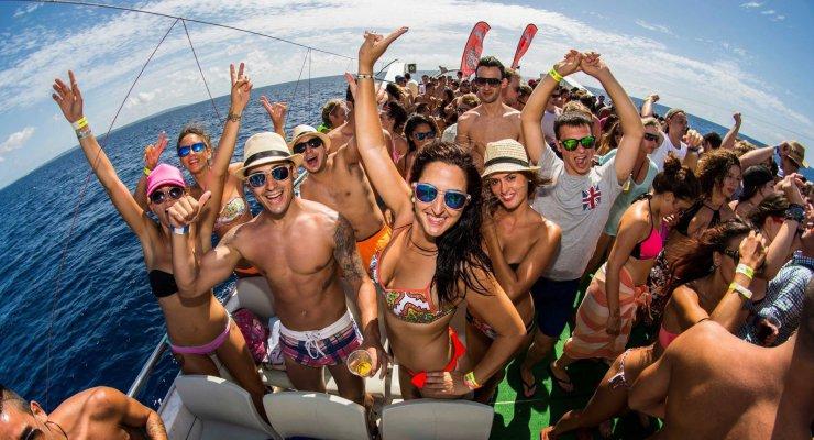 Ibiza per i giovani – Guida di sopravvivenza